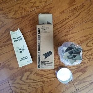 NWT Pampered Chef Star bread tube